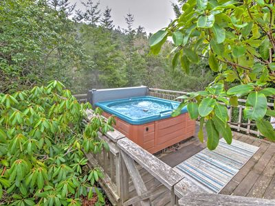 Photo for 'Creekside Chalet' w/Spa By Exclusive Irish Beach!