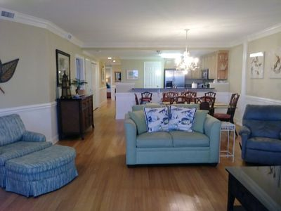 Photo for Brass Rail 315, 2 pools, hot tub, walk to beach, pier, shopping, restaurants