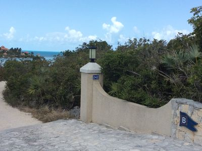 Beach facing Caribbean sea at Silly Cay inlet with lovely water views and access