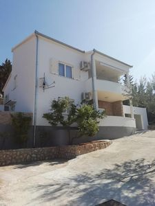 Photo for Apartment in Starigrad (Paklenica), capacity 4+2