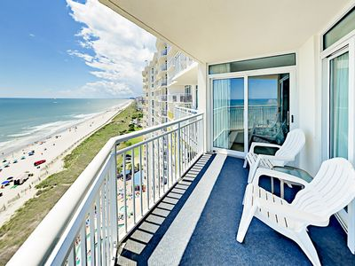 Photo for Bay Watch Resort 2BR w/ Ocean Views, Gym, Pools, Lazy River & Hot Tubs