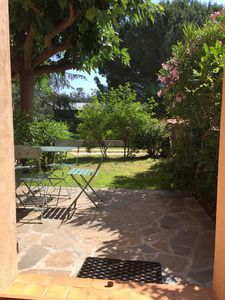 Photo for T2 apartment down quiet villa, parking, terrace Bormes the mimosa