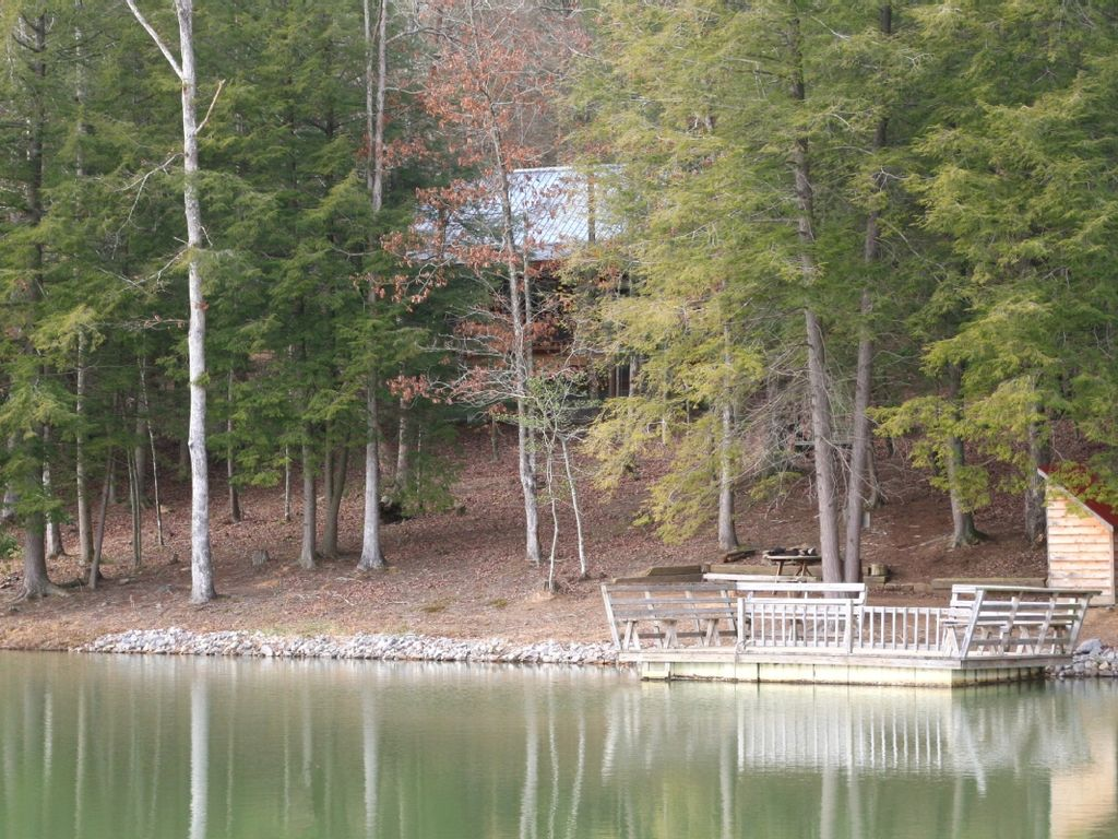 forge in tn outdoor cabins grand with located pool pigeon lodge rentals view cabin bedroom
