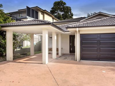 Photo for Large Family Townhouse in Lagoons Estate