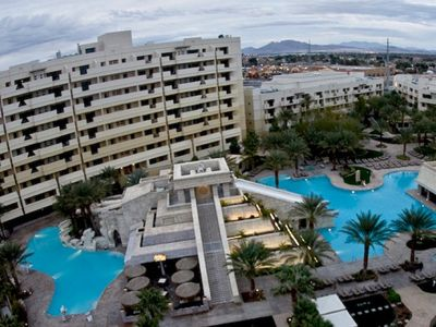 Photo for Tropical Vegas Cancun Resort 1 BR ~ Minutes From Vegas STRIP ~ Family Fun Budget