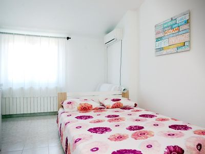 Photo for Holiday apartment Valbandon for 1 - 2 persons - Holiday apartment