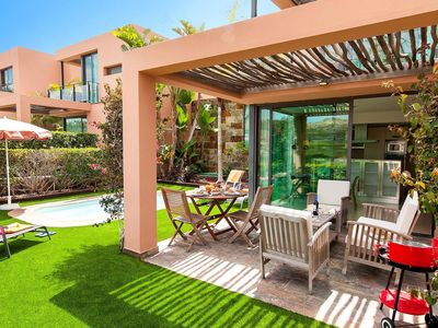 Photo for Beautiful private villa with WIFI, private pool, A/C, TV, washing machine and parking