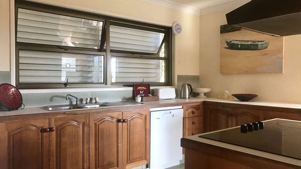 Burleigh Heads Holiday House 1 Bed