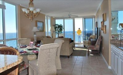 Family room with Gulf view from balcony!