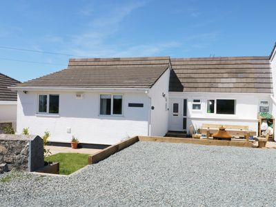 Photo for MINERVA, pet friendly, with hot tub in Trearddur Bay, Ref 20917