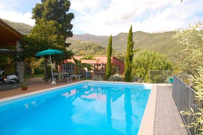 The pool is situated in wonderful secnic surroundings and a clear blue sky