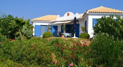 Photo for Modern holiday home, very quiet, surrounded by olive groves on a hill
