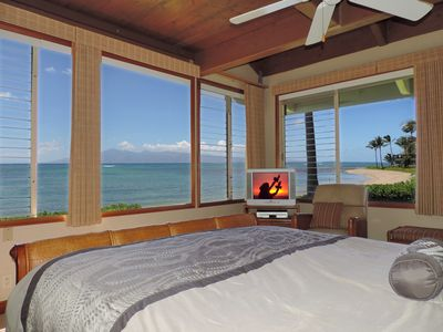 Photo for Luxurious Oceanfront Living with Spectacular Views!