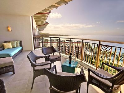 Photo for 6/1-6/8  Hyatt Ka'anapali Beach - 2 Bedroom/2 Baths - Ocean View Premier Floor