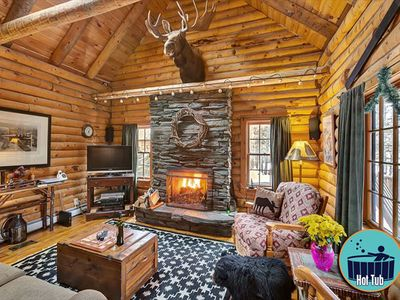 Photo for Country log cabin, private hot tub, minutes to the slopes