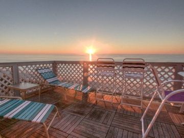 Top Floor Oceanfront with Panoramic View, Small Bldg w/Elevator.  Small dogs considered off season.