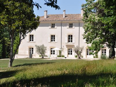 Photo for The Fruitier, charming  & elegant holiday home, 6 p., at gates of Provence
