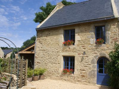 Photo for Fisherman's house in a typical village in the Gulf of Morbihan