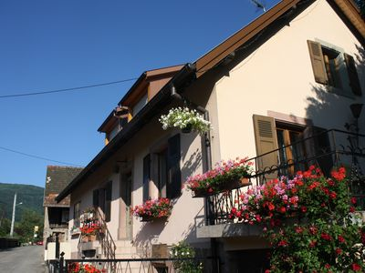 Photo for Charming house in a quiet wine village.           Charming house has