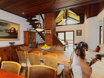 Photo for Beautiful and spacious 5 bedroom duplex.
