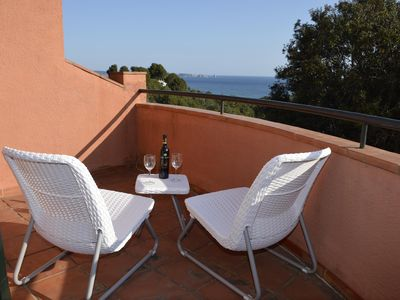 Photo for Small townhouse  located 800 m. from the beach.Pool and garden.Internet.