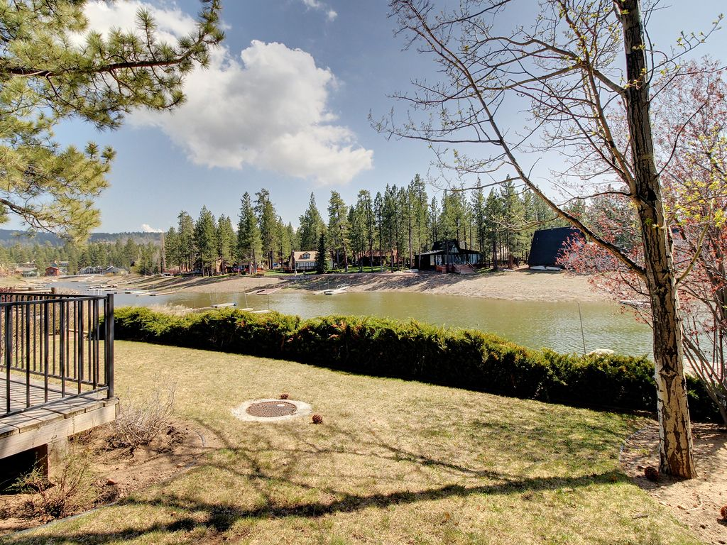 Lakefront cabin with private dock perfect for groups big Big bear lakefront cabins for rent