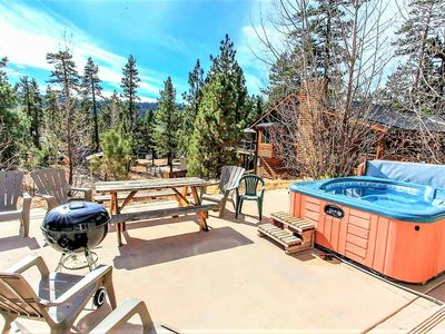 Photo for *MODERN RELAXATION~Hot Tub~Pool Table~Walk To Lake