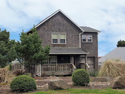 Photo for Luxurious Accommodations, Hot Tub & Easy Beach Access Nearby - Ocean Perch
