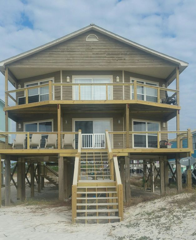 Fort Morgan Beach Houses: STUNNING 3-BR GULF-FRONT HOME IN QUIET FT. MORGAN!