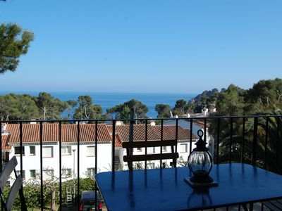 Photo for Ap. With sea views, communal pool at 350m from the beach