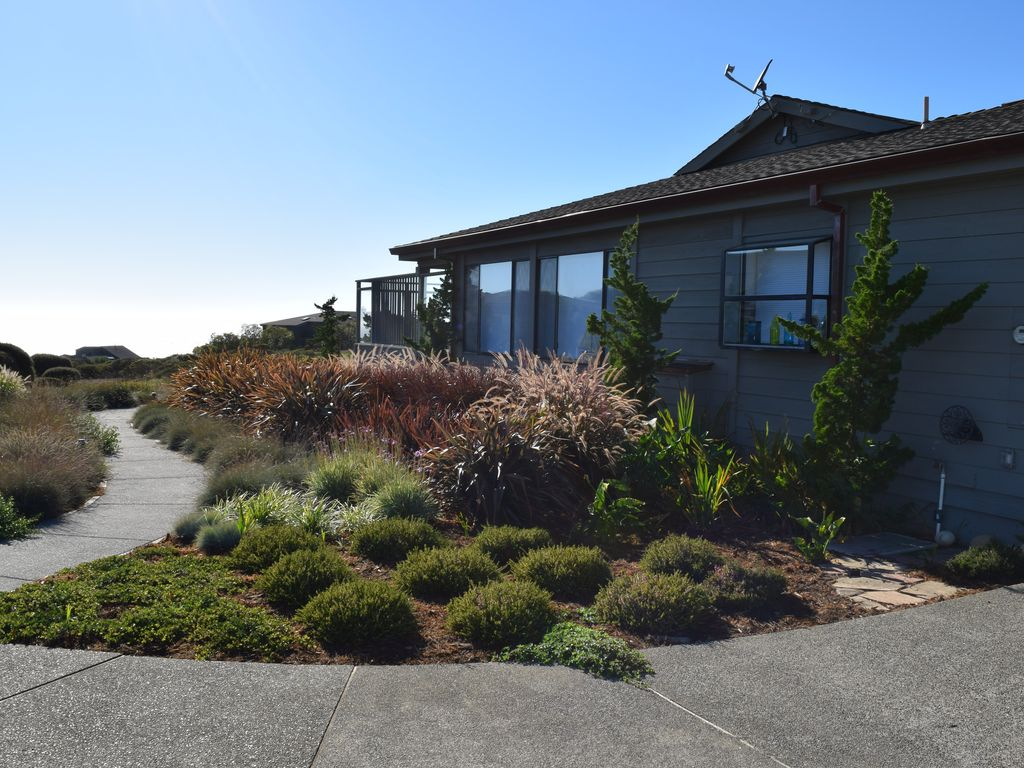 "singles in bodega bay Rent this 3 bedroom house rental in bodega bay for $395  ""the coast is clear"" is a newly remodeled single level home featuring a large fully equipped chef."
