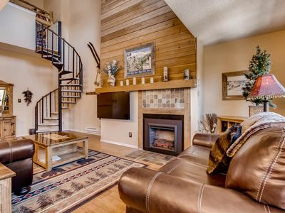 Photo for Beautiful Breck Condo, 1 block from Main St. and the Gondola