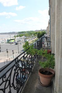 Photo for old apartment on the quays bordeaux