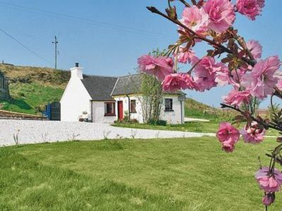 Photo for 1 bedroom property in Portree. Pet friendly.