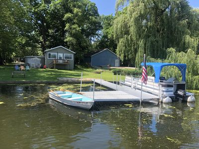 Photo for Escape elearning and working from home with a Lakefront Lakehouse with Pontoon!