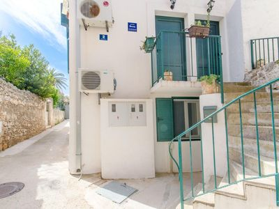 Photo for One bedroom apartment with air-conditioning Supetar, Brač (A-5656-b)