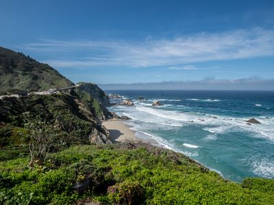 Photo for Inspiring Oceanfront Home with Dramatic Coastal Views