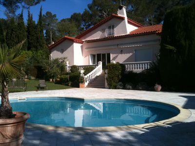 Photo for Luxurious villa, 2 minutes walk from the Golf de Cannes.