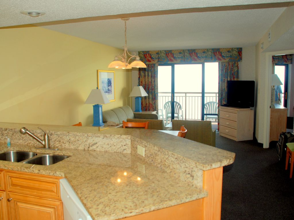 Enjoy Myrtle In The Fall At Our Beautiful Oceanfront 3 Br At Long Bay Resort 3 Br Vacation