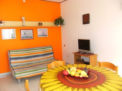 Photo for three-room apartment with balcony in a condominium in the center and 150 mt. from the sea