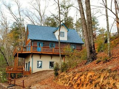 Photo for Come relax in our spacious, cozy cabin! Amenities included!!