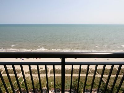 Photo for Direct oceanfront1 bd1baAmazing views* pools*hot tubs* lazy river* family resort