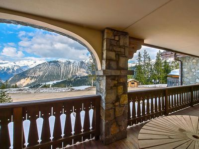 Photo for Apartment Madeleine with Ski-in/Ski-out