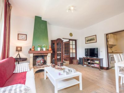 """Photo for Cozy Holiday Home """"La Chimenea Verde"""" in Quiet Area with Wi-Fi & Shared Garden; Parking Available"""