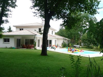 Photo for VILLA 230 M ² IN EDGE OF DRILL SWIMMING POOL HEATED AND SECURED VOLET