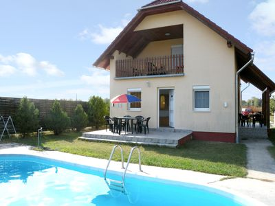 Photo for Holiday apartment mit Pool