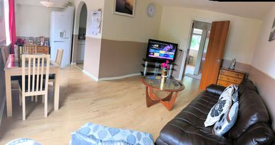 Photo for BRIGHT SPECIOUS 2 BED Apartments - FREE WIFI