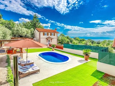 Photo for Beautiful new villa with a stunning view