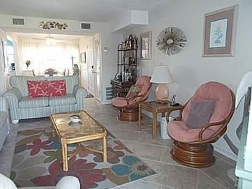 Photo for 109B - 1 BR / 1 bath Condo on the Beach at Seaspray on Okaloosa Island