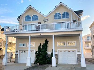 Photo for BEAUTIFUL BEACH BLOCK TOWNHOME LOCATED ON THE NORTH END OF SEA ISLE CITY!! T